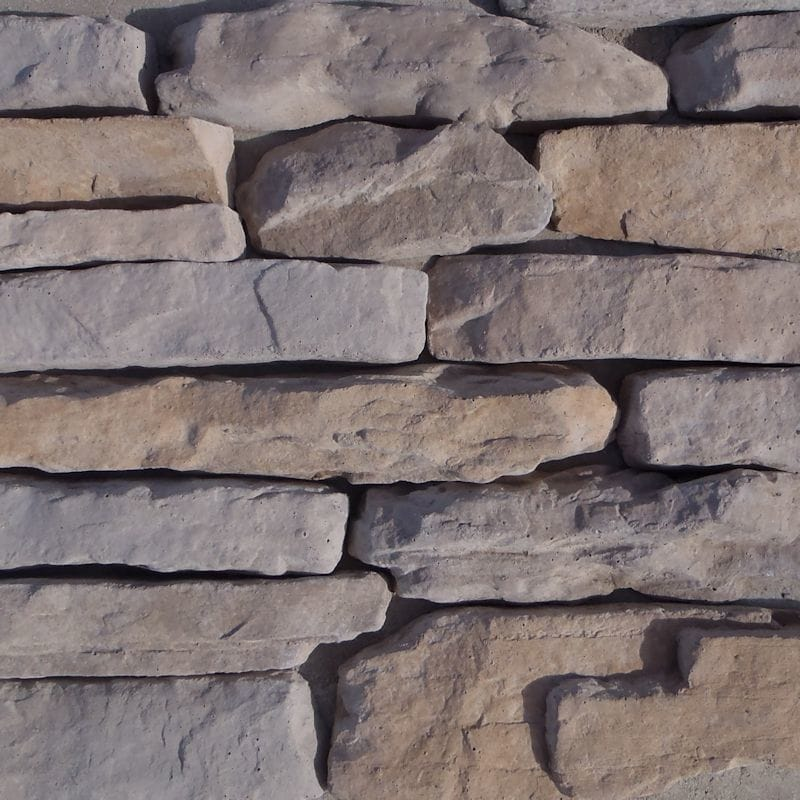 Black Bear Manufactured Stone - Ledge Stone Moab/Moab / 10 Sq ft Flat